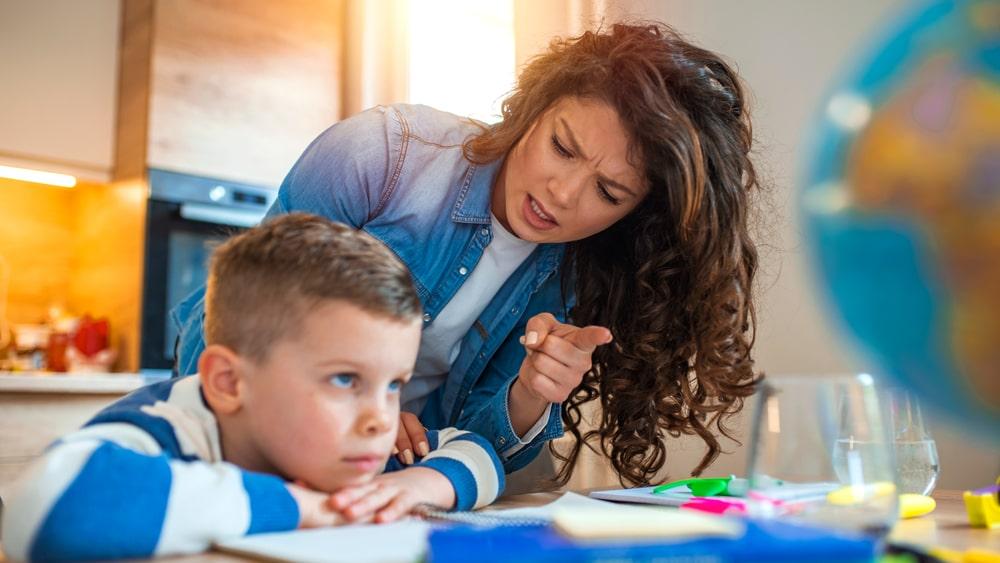 care sunt cauzele ticurilor nervoase la copii