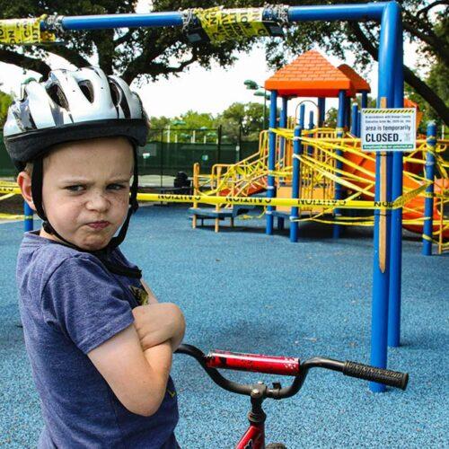 Care sunt motivele pentru care copilul loveste alti copii